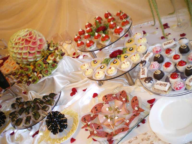 Что приготовить на свадебный стол в домашних  808
